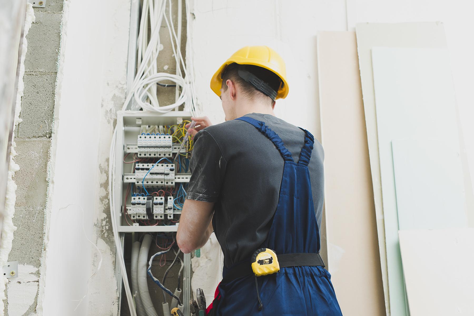 Electricidad y mantenimiento